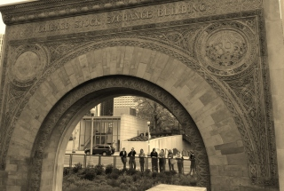 2014 Students Under Burnham's Chicago Stock Exchange Arch